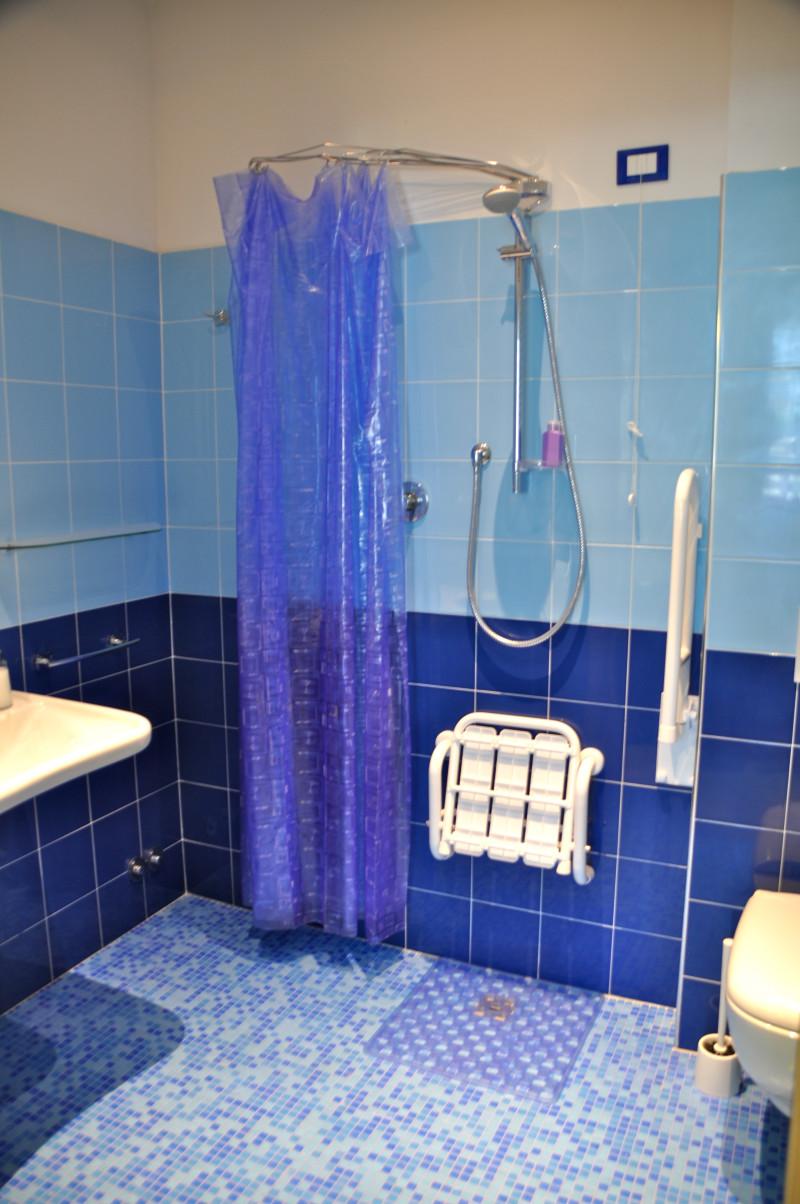 Bagno blu